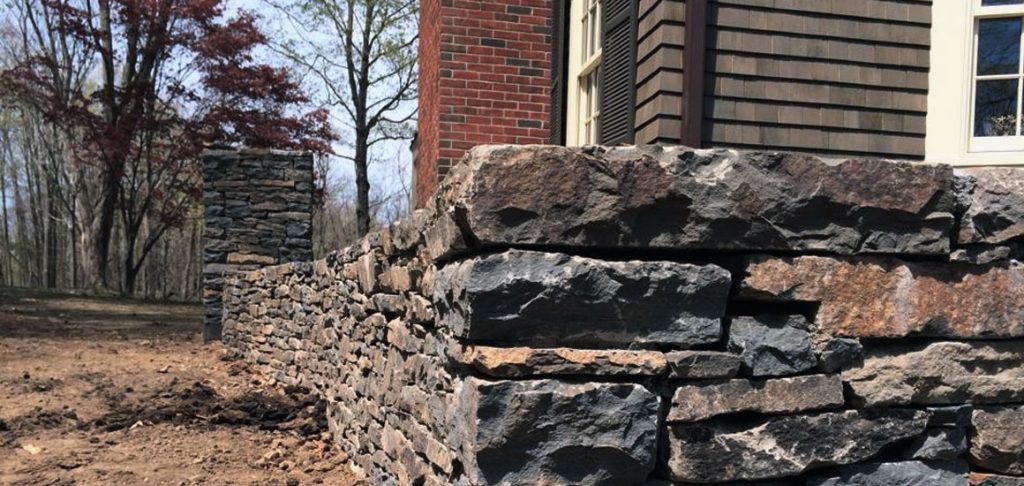 landscape design rock retaining walls